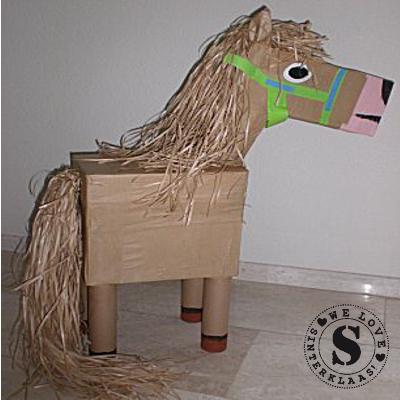 sinterklaas-Surprise-Maken-paard-400x400