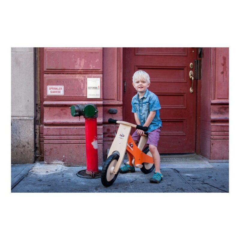 Kinderfeets-Krijt-Oranje-houten-Loopfiets-2-Wielen-Mogelijkheden-Hoogte-Kind-Kf3.321024X1024.jpg