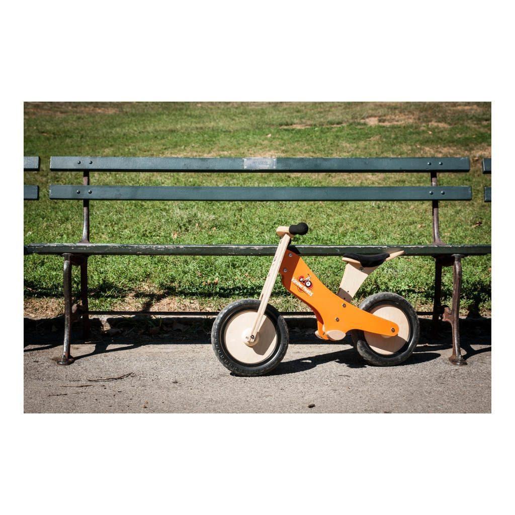 Kinderfeets-Krijt-Oranje-houten-Loopfiets-2-Wielen-Mogelijkheden-Kind-Kf3.321024X1024.jpg