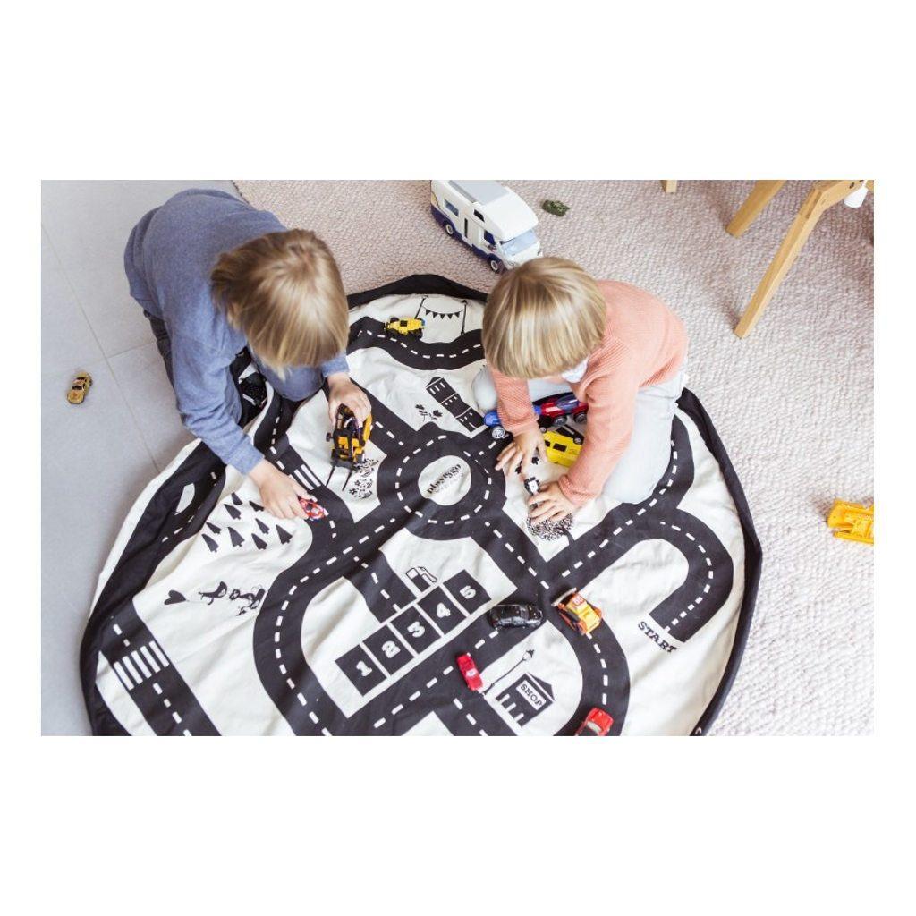 Play-And-Go-Roadmap-Mogelijkheden-Speelkleed-Opbergzak-Spelend-Autobaan-Play-799729-1024X1024.jpg