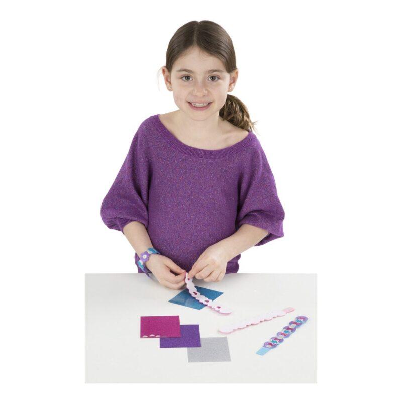 armbandjes-glitter-foam-3-bandjes-4-glittervellen-voorbeeld-1-melissa-and-doug-meli-19506