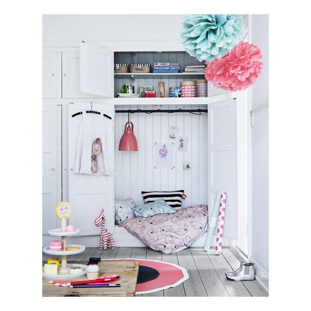 round-rug-raspberry-done-by-deer-speelkleed-vloerkleed-zwart-roze-slaapkamer-huiskamer-done-60509