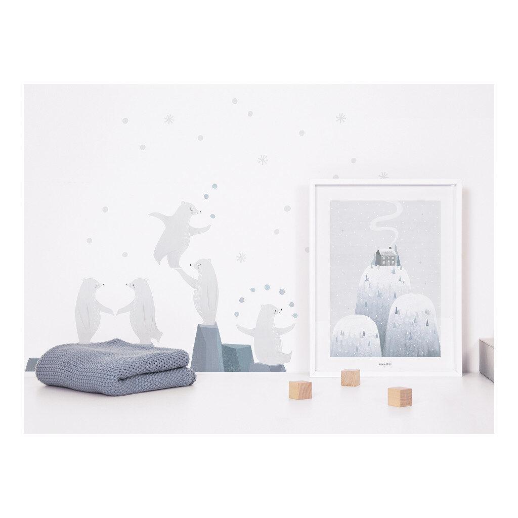Kinderkamer Muursticker A3 Jonglerende Ijsbeer Arctic Dream Lilipinso lili-s1314