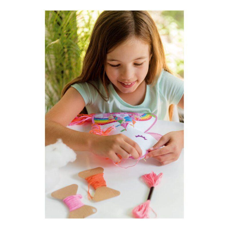 Eenhoorn Kussen Maken 4M Girls Meisjes Compleet Pakket Unicorn Pillow Maken Draad Naald Haken Knuffel 4msp-5604744